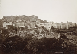 [View of Amber palace]. The old capital of Jaipur